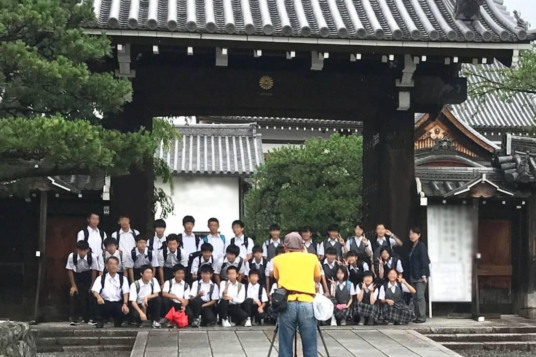 【経験者歓迎】学校写真のスナップカメラマン、画像処理 ※独立支援