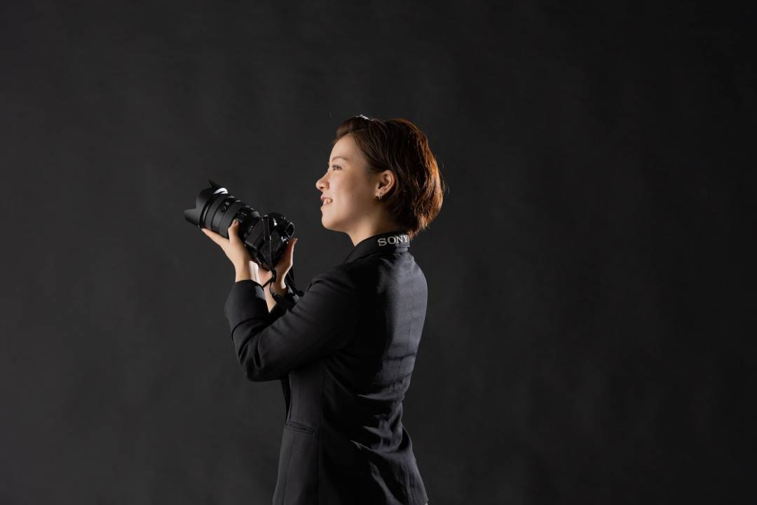 【カメラマン組織統括/育成担当】急成長フォトウェディング事業のカメラマン育成/マザーズ上場「スマ婚」運営のタメニーグループ/年間休日125日・フレックスタイム制